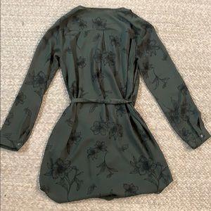 Forever 21 Dresses - Forever 21 tie dress